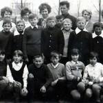 Nauczyciele i uczniowie kl. VII 1973r.